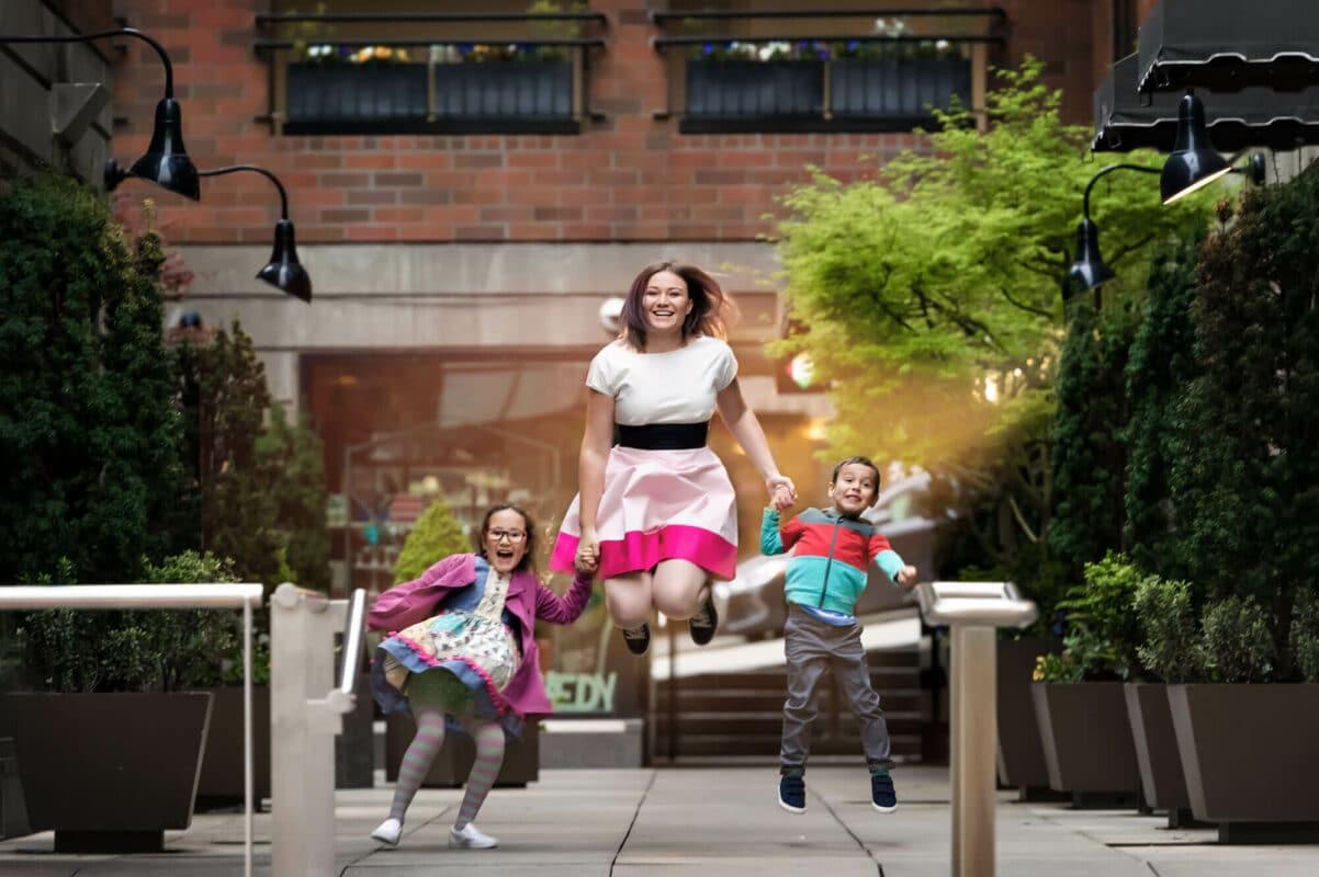 Seattle Pike Market Family Photographer