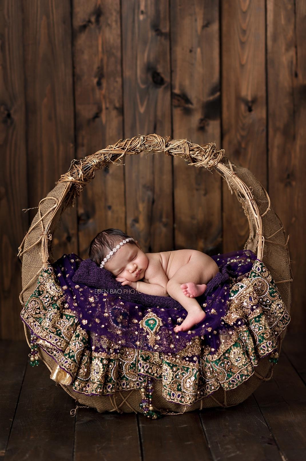 Seattle Newborn Photographer sari
