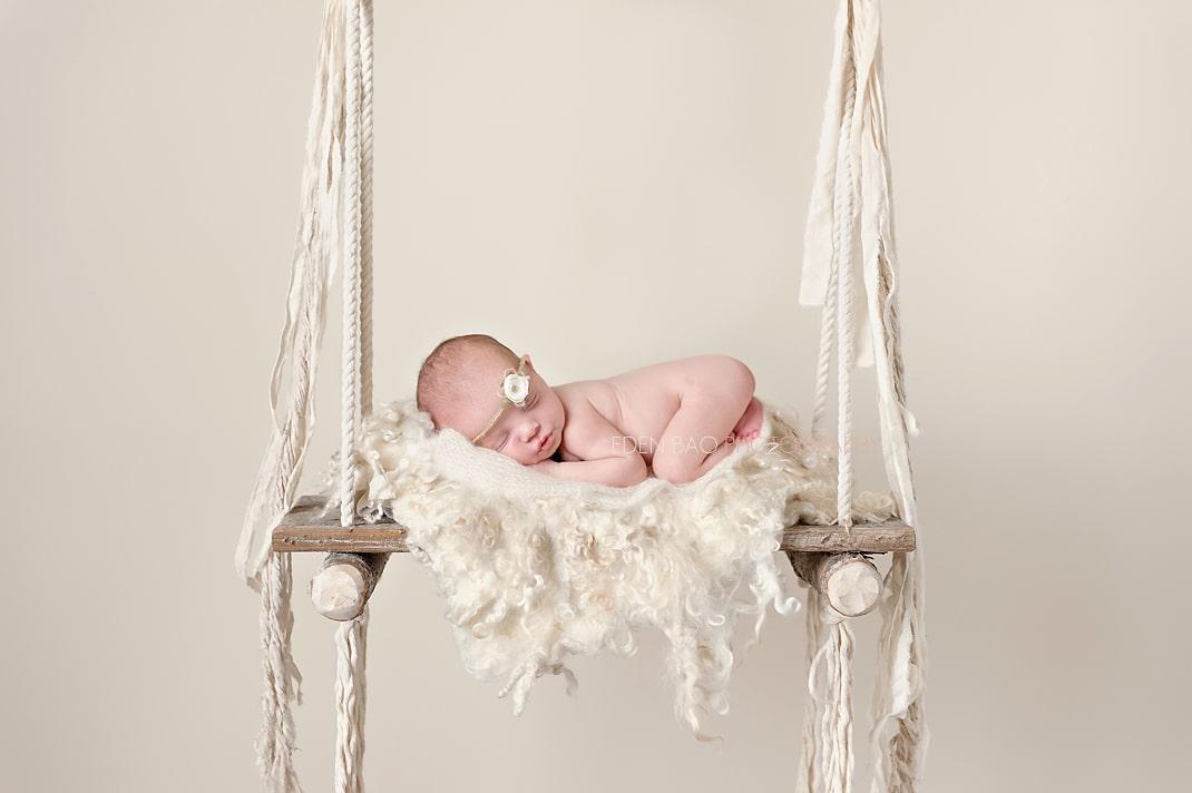 Seattle Newborn Photographer Newborn Session Guide