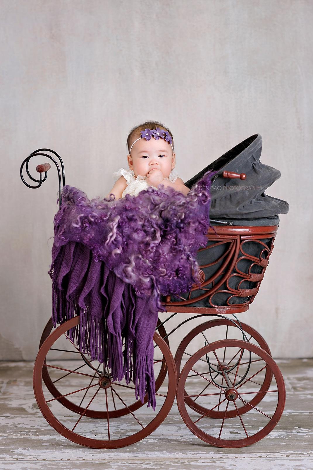 Seattle 100-days Baby Photographer Eden Bao vintage carriage