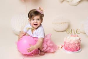 Seattle baby photographer cake smash