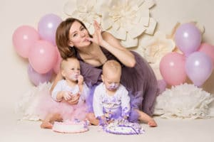 Seattle twin baby photographer cake smash