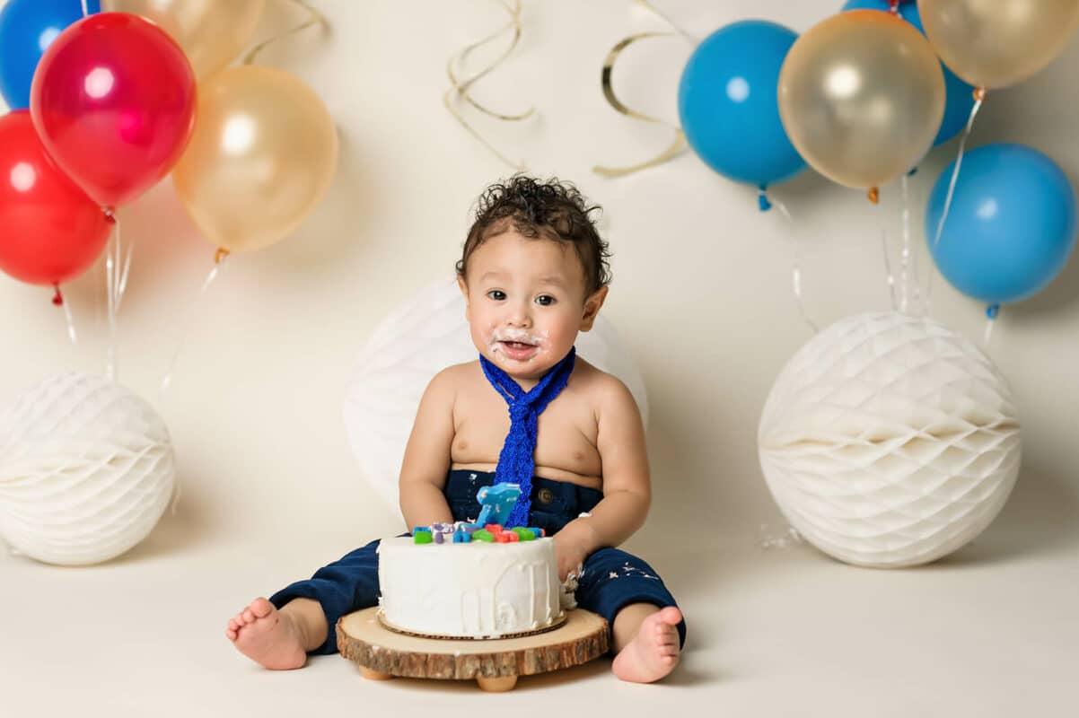 boy cakesmash by Eden Bao