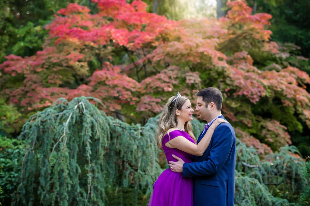 Kubota Garden Fall Couple Engagement Photo by Eden Bao