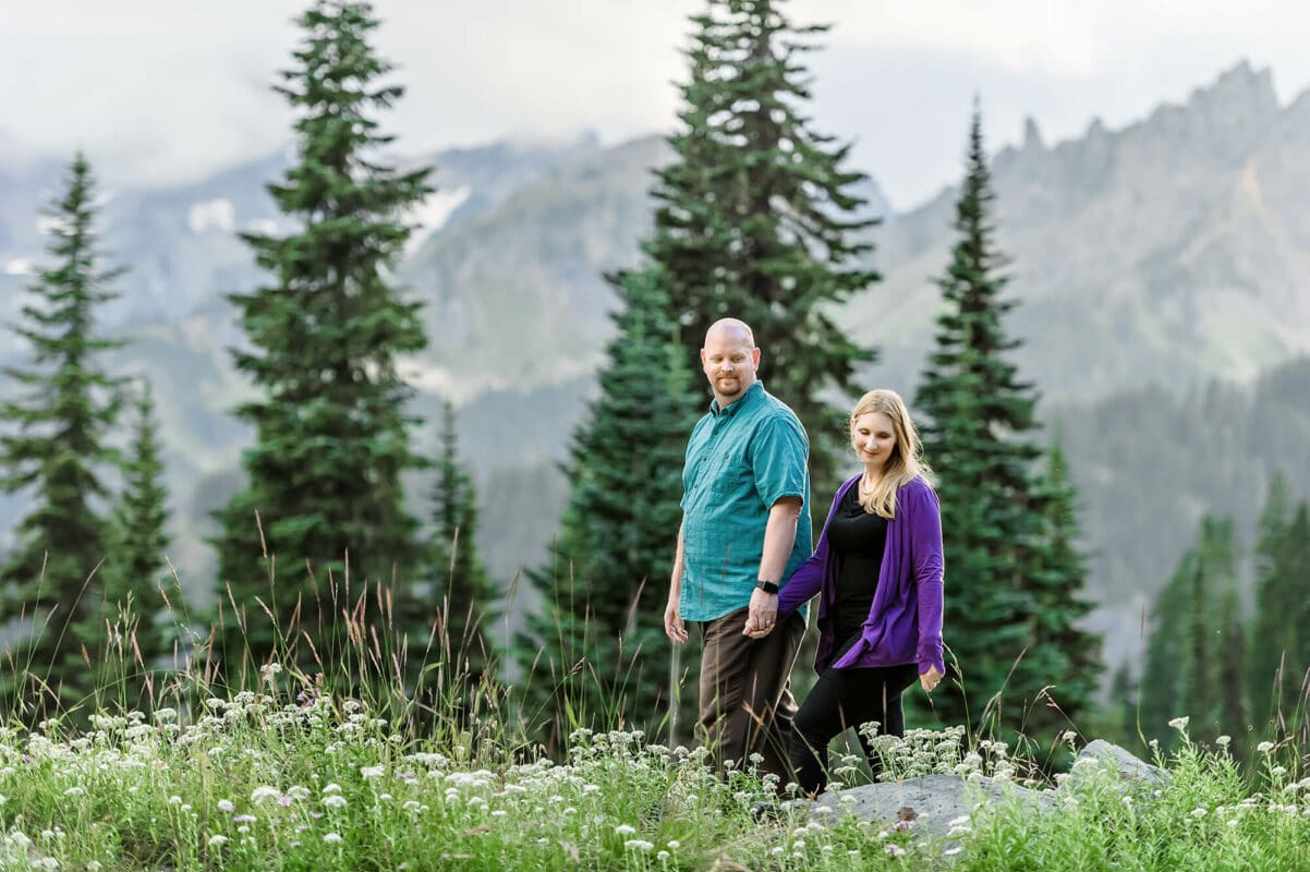 Mt Rainier National Park Couple Engagement Photo by Eden Bao