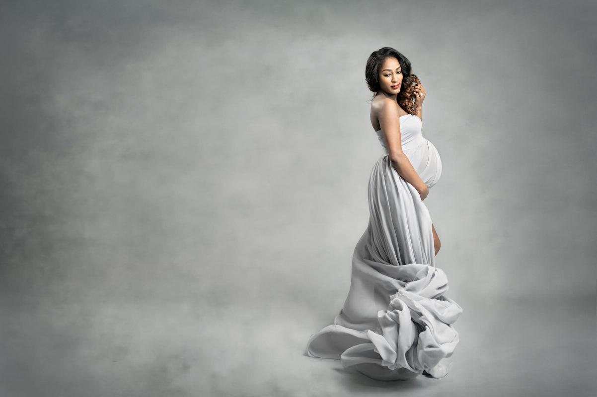 Gray Maternity Portraits Eden Bao