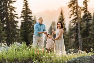 Mt Rainier National Park Family Portraits Eden Bao
