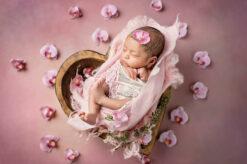 Newborn Heart Bowl Pink Eden Bao