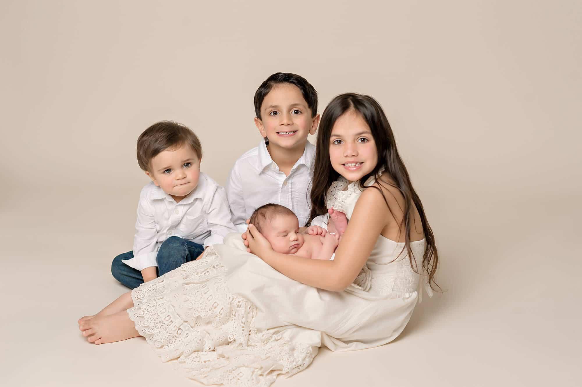 Older Siblings Newborn Eden Bao