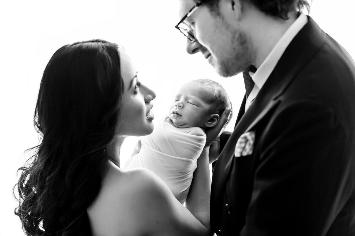 Parent Newborn Photo Eden Bao