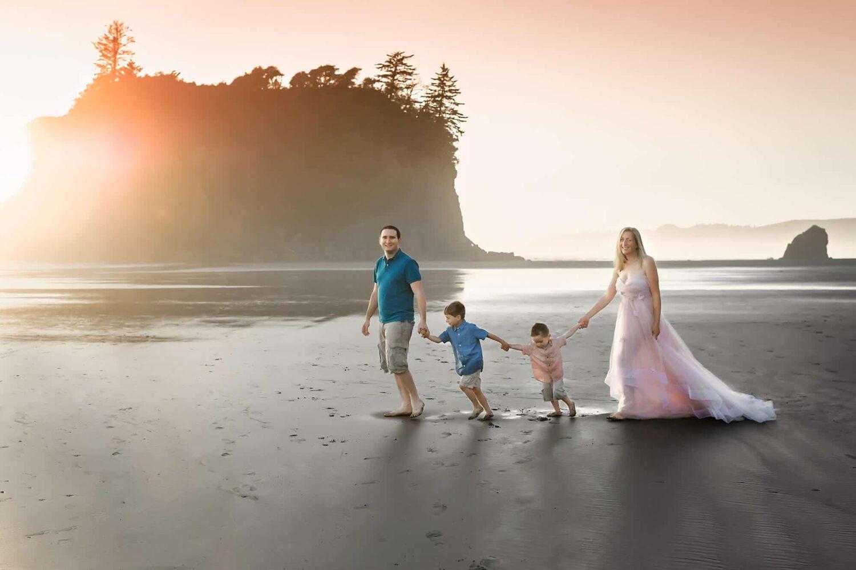Ruby Beach Family Portrait Eden Bao