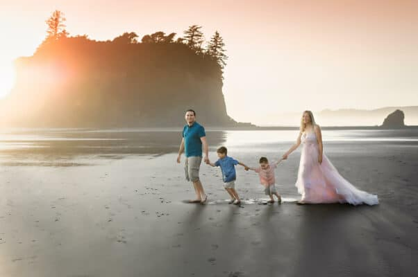 Ruby Beach Family Portrait Eden Bao
