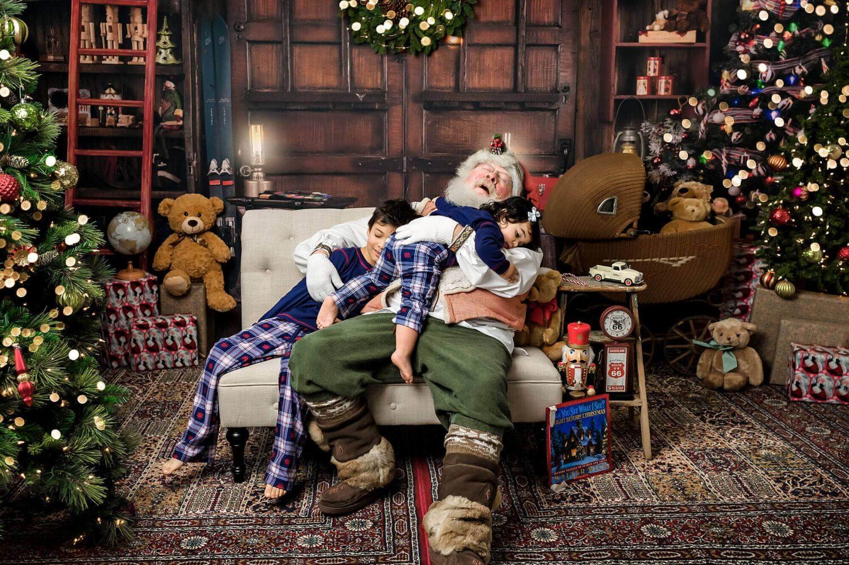 Santa mini session Seattle Child Photographer