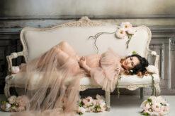 Studio Maternity Vintage Sofa Eden Bao