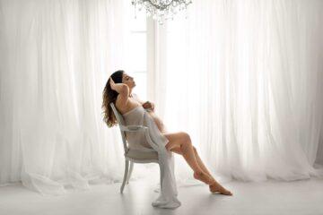White Silk Chiffon Wrap Maternity Photography Eden Bao 2