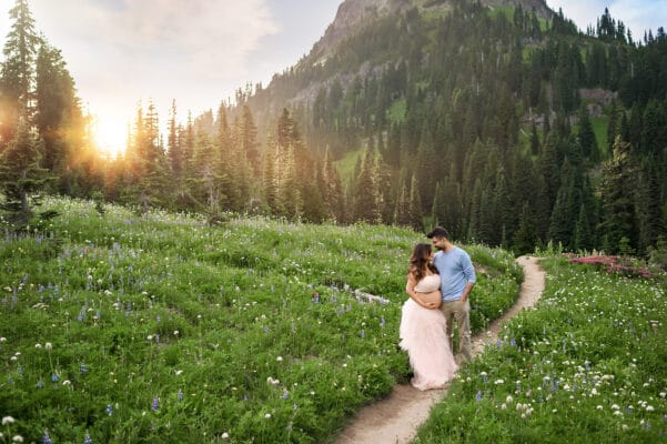 Rainier Mountain Maternity Photo Session