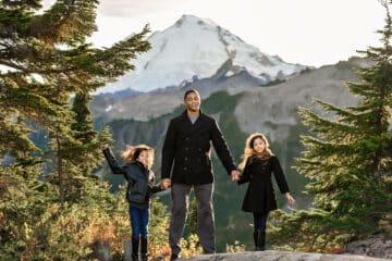 Mt Baker Mountain PNW Family Photo