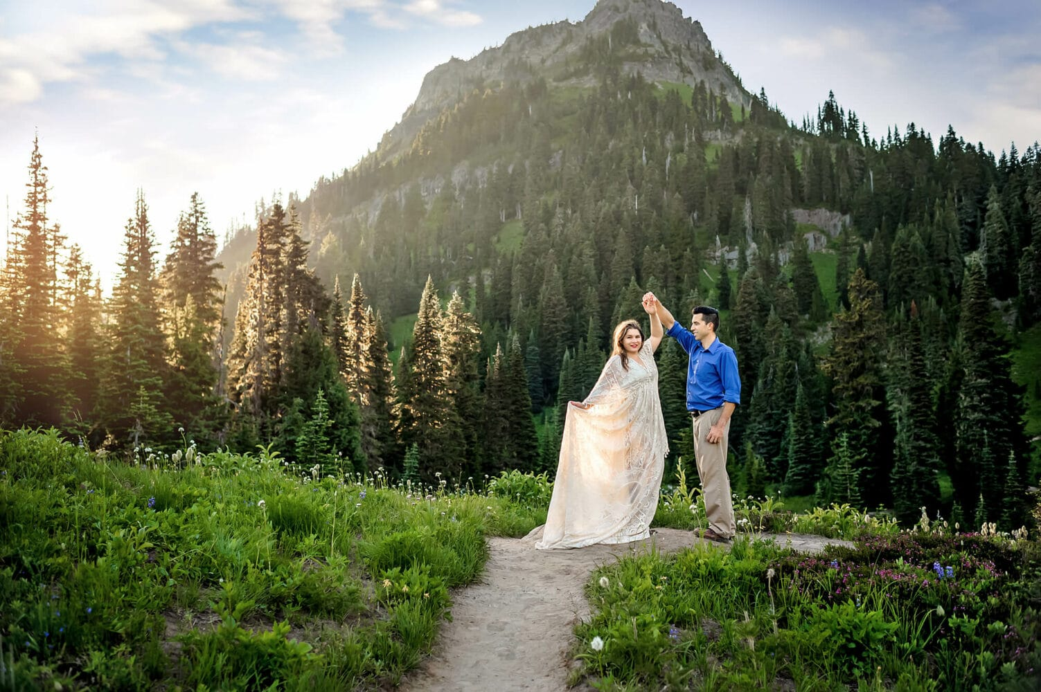 Seattle Engagement Photographer Tipsoo Lake
